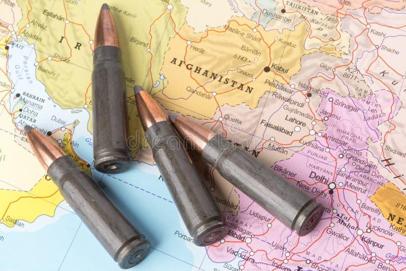 Pallottole sulla mappa di Afghanistan fotografia stock libera da diritti