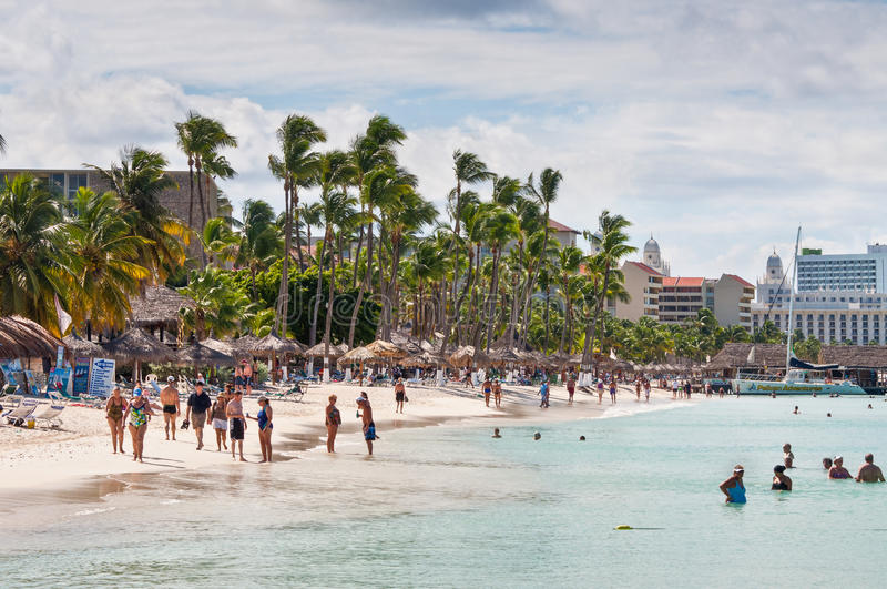Palm Beach dans Aruba images libres de droits