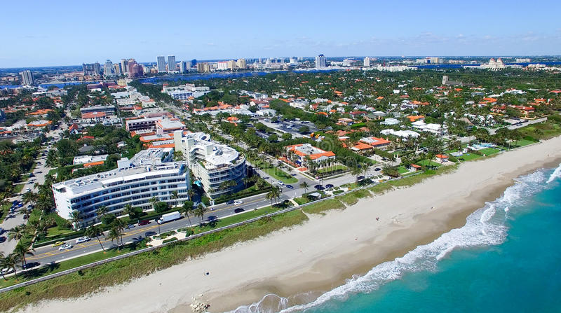 Palm Beach, la Floride Vue aérienne étonnante de littoral photos stock