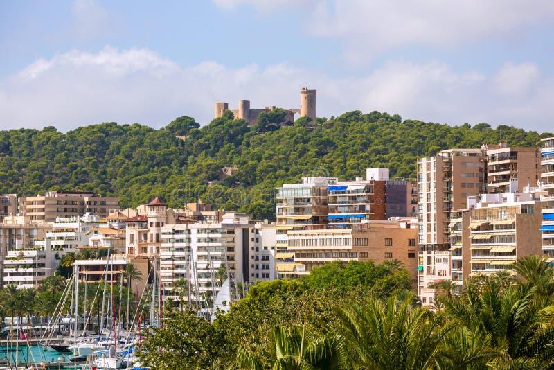 Palma de Majorca-horizon met Bellver-kasteel royalty-vrije stock fotografie