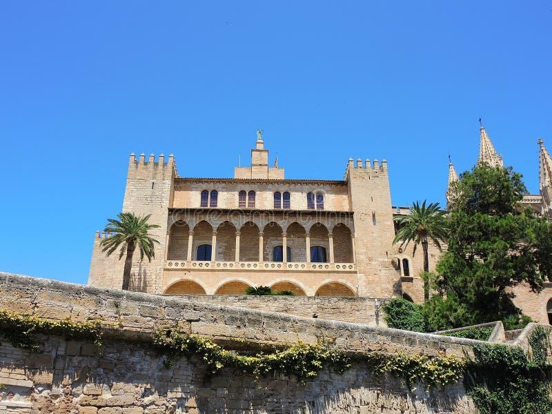 Palma de Mallorca, Испания Королевский дворец Ла Almudaina стоковое изображение rf