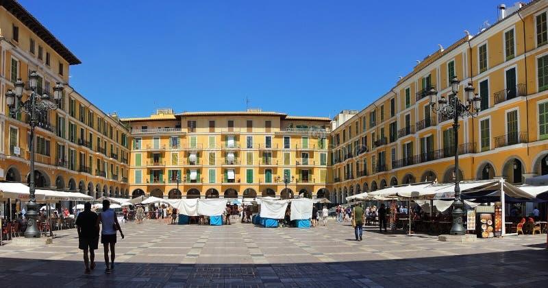 Palma de Mallorca, Espanha O quadrado de cidade principal, prefeito da plaza foto de stock royalty free