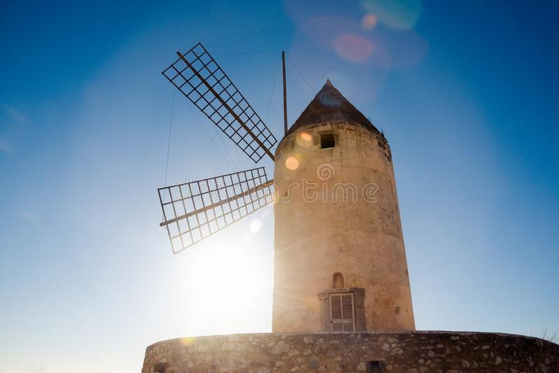Palma de Mallorca, Hiszpania/- Legendarny wiatraczek zdjęcia stock