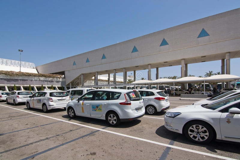 Palma de Mallorca-luchthaven in Juli royalty-vrije stock afbeeldingen