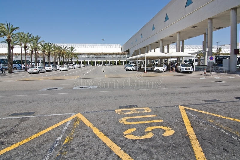 Palma de Mallorca-luchthaven in Juli royalty-vrije stock foto