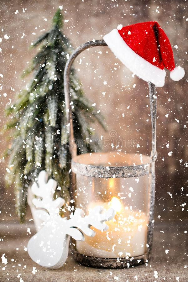Palmatoria Linterna de la Navidad Decoraci?n de Cristmas, tarjeta de felicitaci?n fotos de archivo