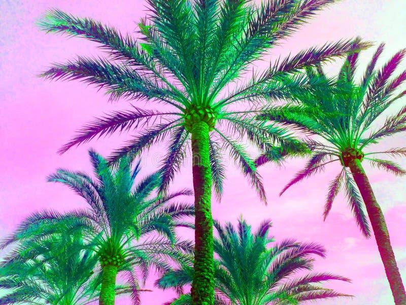 A palmeira tropical na impressão de néon retro do verão dos anos 80 saturada no rosa brilhante e o UFO esverdeiam o pop art exóti imagem de stock royalty free