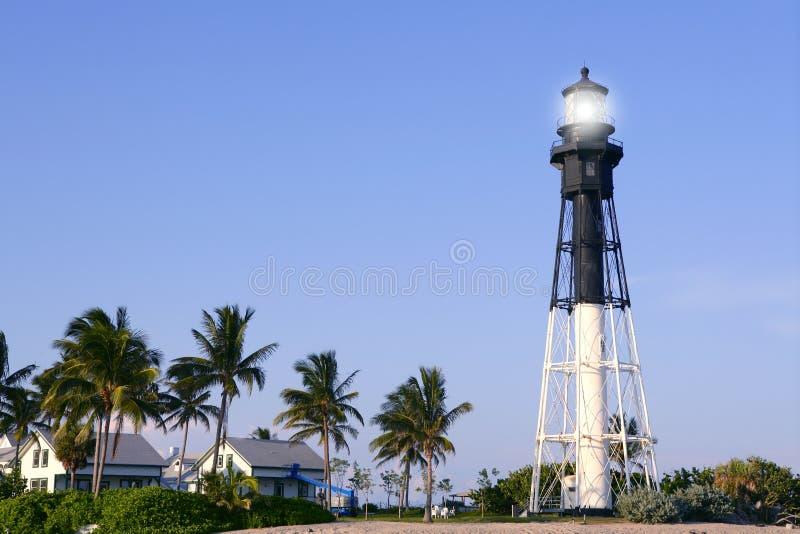 Palmiers de phare de plage de Pompano de Floride image libre de droits