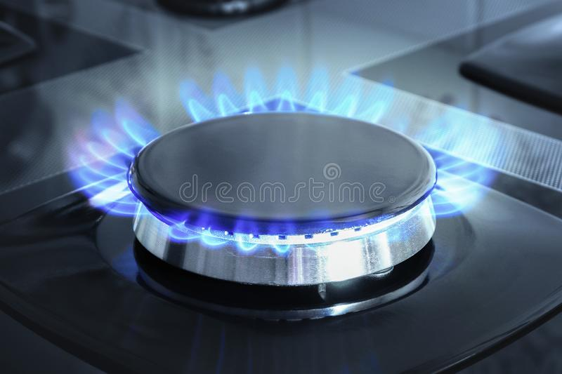 Palnik gazowy z otwartym ogniem Szczegóły pieca gazowego czarnego obraz stock