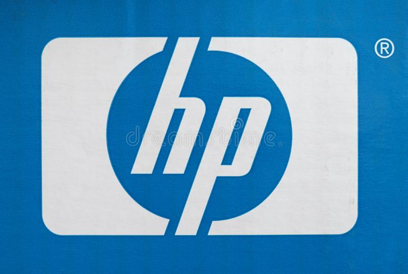 PALO ALTO - AUG 2019: HP-tecken arkivfoto