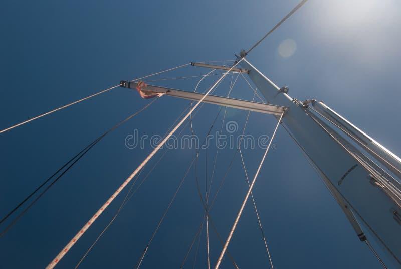 Palo del barco de navegación foto de archivo