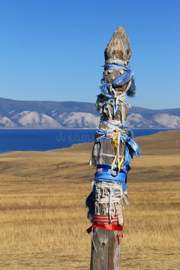 Palo per i cavalli sull'isola di Olkhon (dettaglio), Siberia, Russia immagini stock