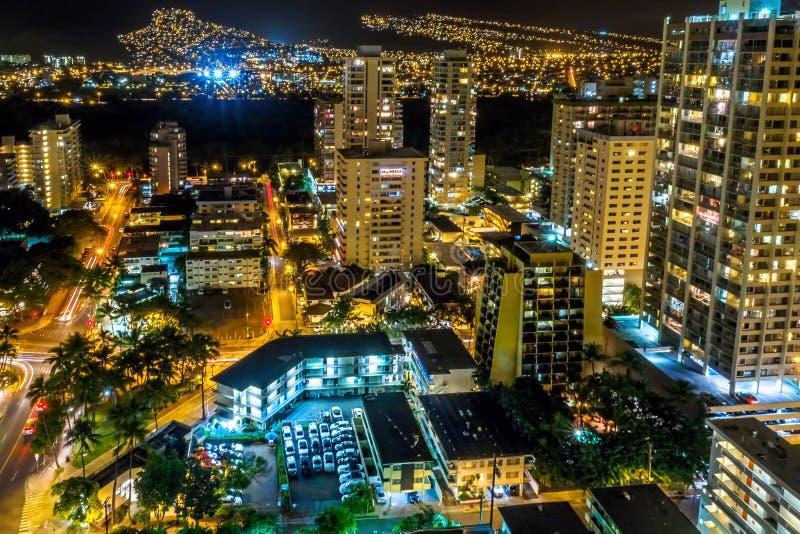 Palolo地区的夜视图,威基基,檀香山,夏威夷,美国 免版税库存照片