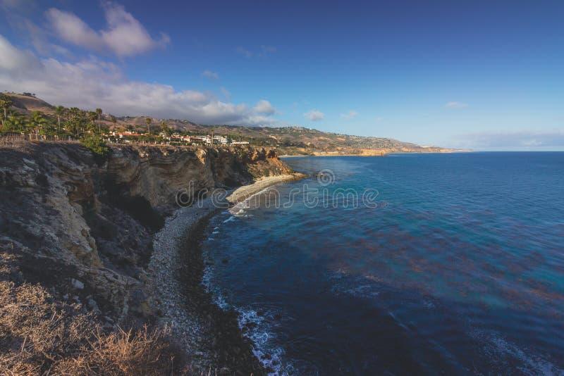 Palos Verdes Cliffs da fuga do parque de Vanderlip imagem de stock