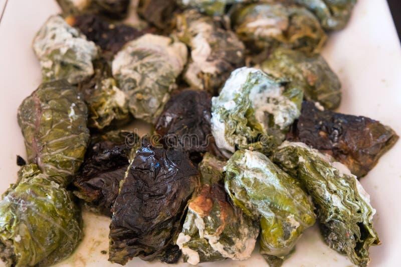 Palusami: tradycyjny Samoański posiłek młody taro warzywo opuszcza fotografia stock