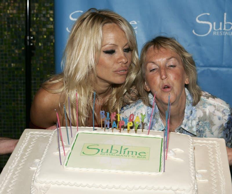 Pamela Anderson Świętuje 40th urodziny obrazy royalty free