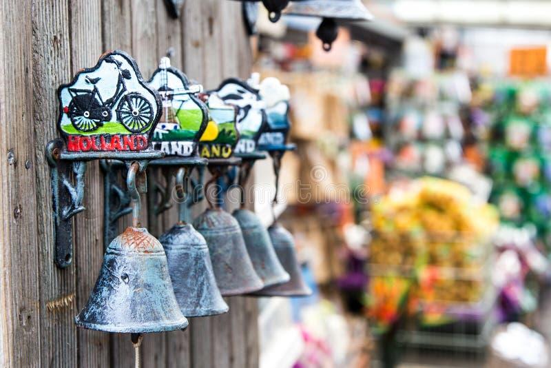 Pamiątkarski dzwonkowy Amsterdam Amsterdam rynek dzwony obraz stock