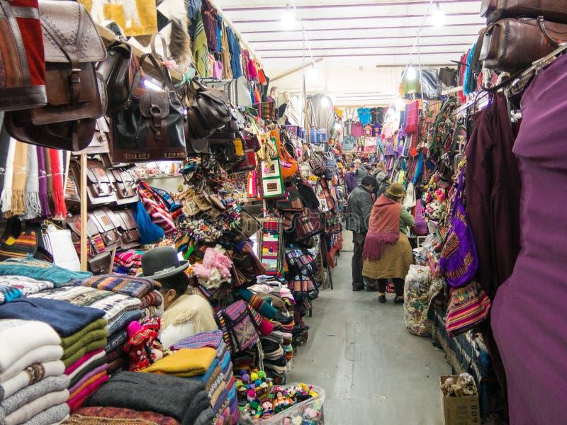 Pamiątkarski turysty rynek na Sagarnaga ulicie w losie angeles Paz, Boliwia zdjęcie royalty free