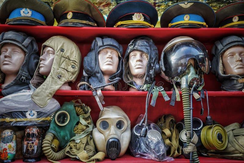 Pamiątki w turyście wprowadzać na rynek na Andrew ` s spadku w Kijów, Ukraina obrazy royalty free