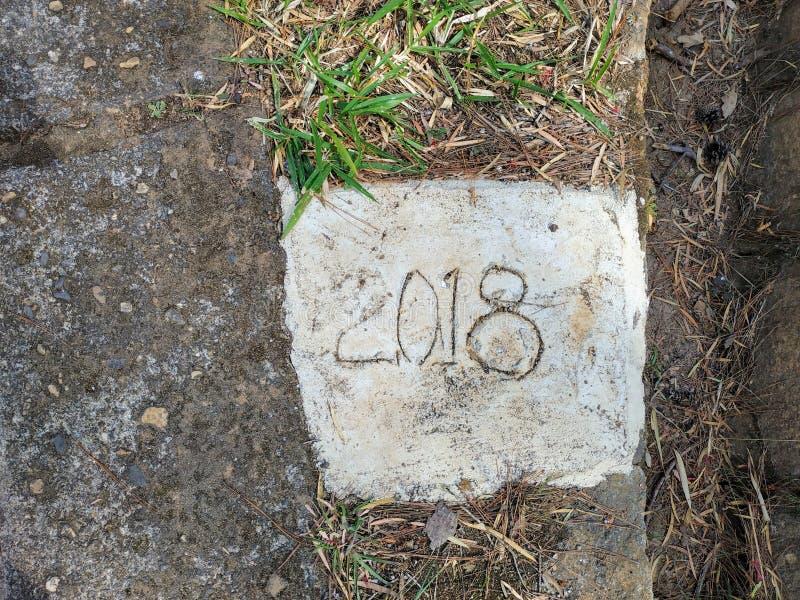 2018 pamiątkowych talerzy beton zdjęcia royalty free