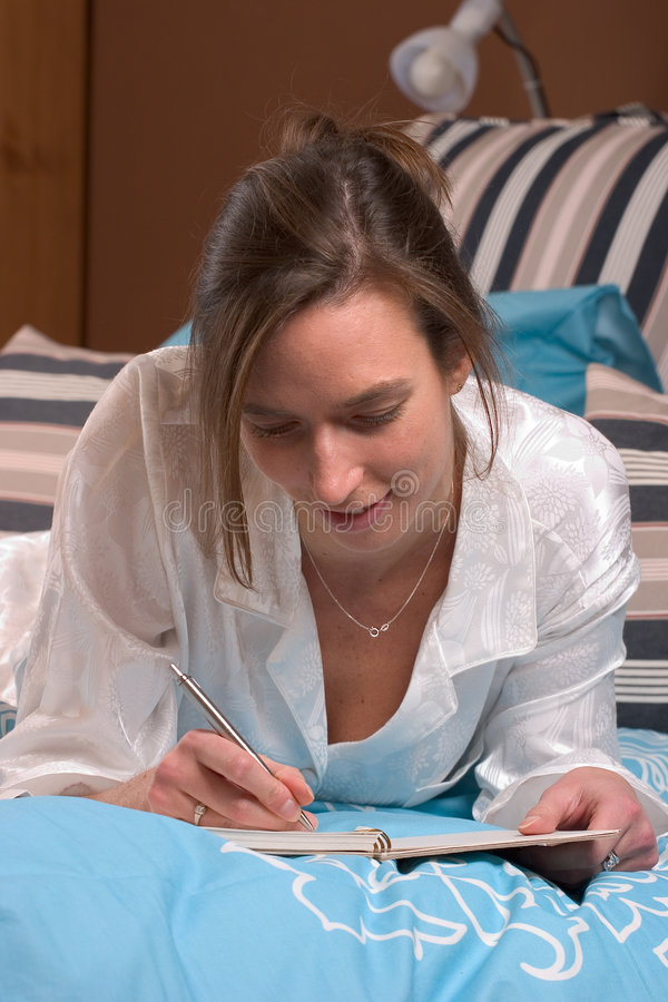 pamiętnik popołudniowy piśmie jej leniwy Niedziela obraz royalty free
