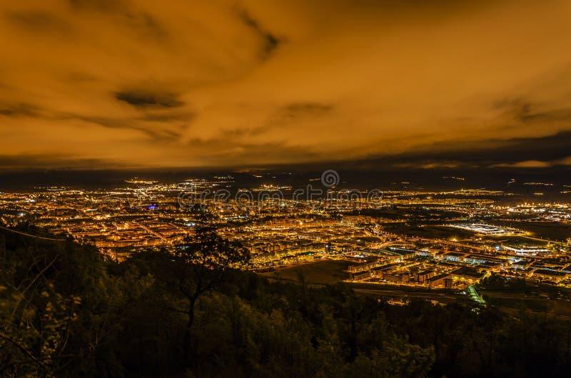 Download Pamplona stad arkivfoto. Bild av liggande, glöd, sikt - 37347746