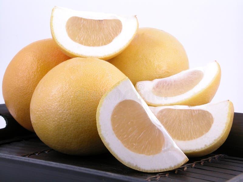 Download Pamplumossas foto de stock. Imagem de frutas, fruta, meio - 529908