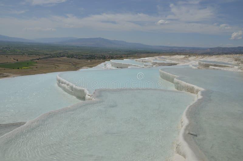 Pamukkale é um local natural do patrimônio mundial do UNESCO fotos de stock