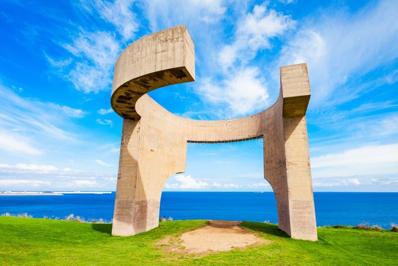 Panégyrique au monument d'horizon, Gijon photographie stock