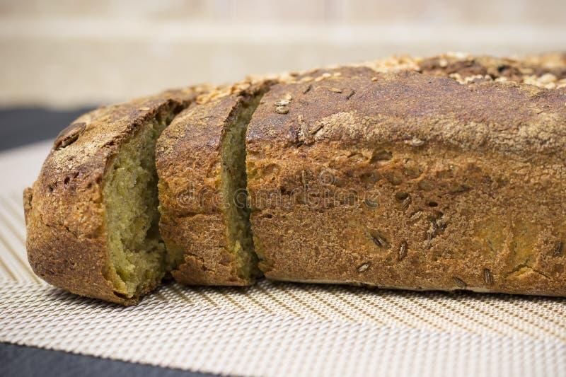 Pan ácimo recientemente cocido hecho en casa del trigo fotos de archivo