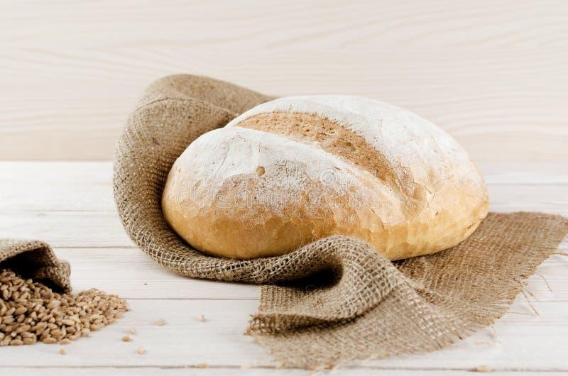 Pan blanco que miente en el despido fotografía de archivo