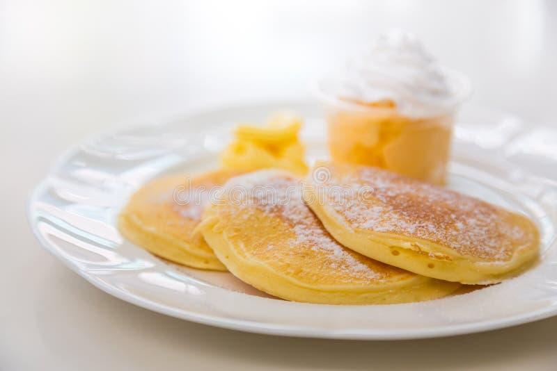 Pan Cake met Roomijs royalty-vrije stock afbeeldingen