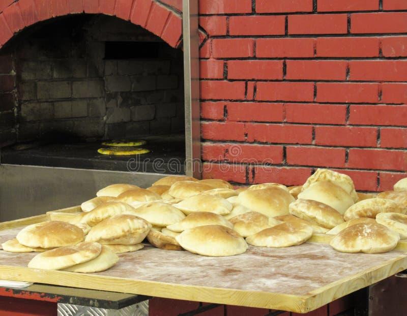 Pan cocido al horno fresco del artesano fotos de archivo libres de regalías