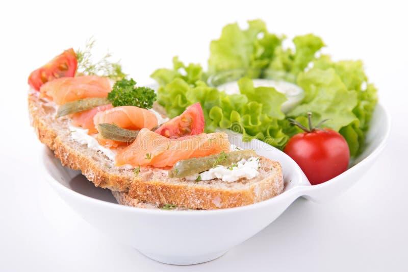 Pan con los salmones fotografía de archivo libre de regalías