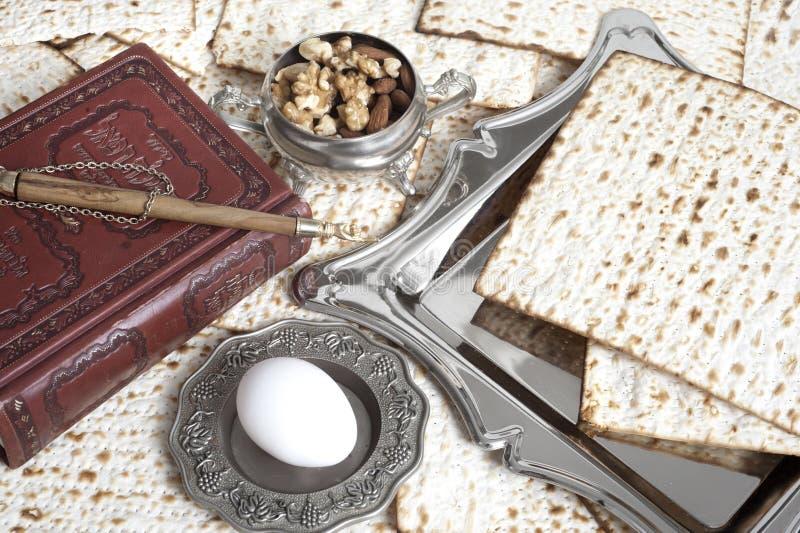 Pan de Matza para la celebración del passover imagenes de archivo