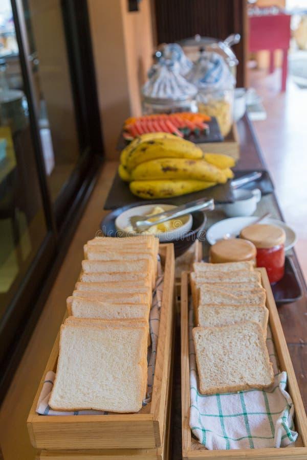 Pan del bocadillo en fila imagen de archivo libre de regalías