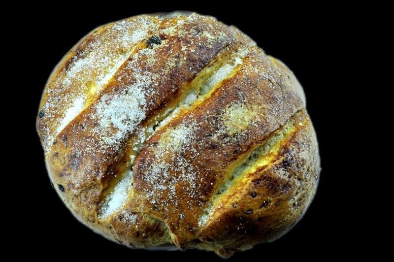 Pan dulce español de la Navidad con las pasas foto de archivo