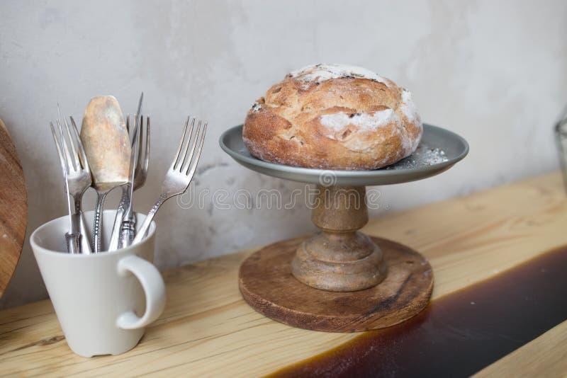 Pan En La Cesta Pan Y Baguette En La Cocina, Pasteles Hechos En Casa ...