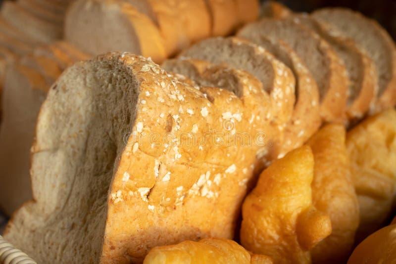 Pan entero rebanado del grano fotos de archivo