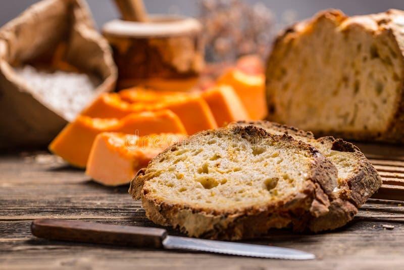 Pan hecho en casa de la calabaza fotografía de archivo