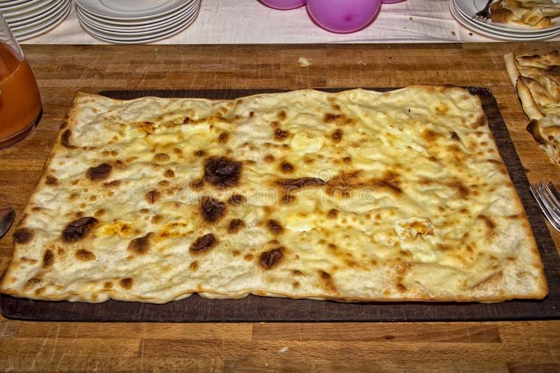 Pan plano italiano del queso de Recco Focaccia fotos de archivo libres de regalías