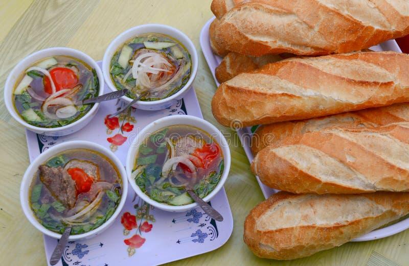 Pan vietnamita para el desayuno imagenes de archivo