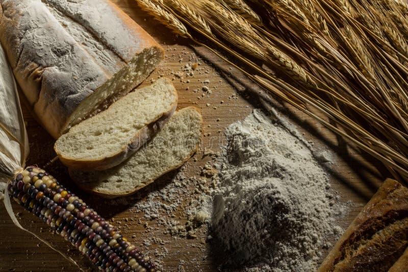 Pan y harina foto de archivo