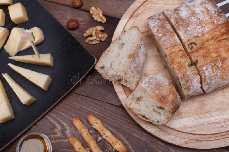 Pan y queso imagenes de archivo