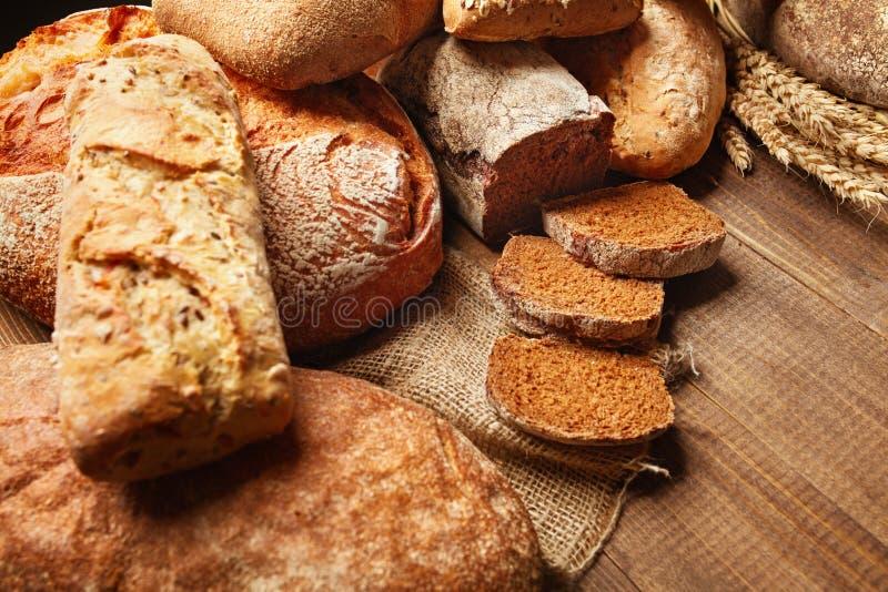panadería Pan en el fondo de madera foto de archivo
