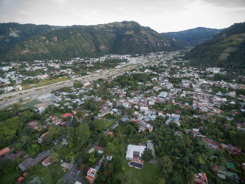 Panajachel-Stadt in der Nähe der Atitlan See Besichtigungs-Platz in Guatemala stockbilder