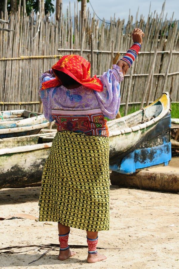 Panamá, pessoa tradicional de Kuna fotos de stock