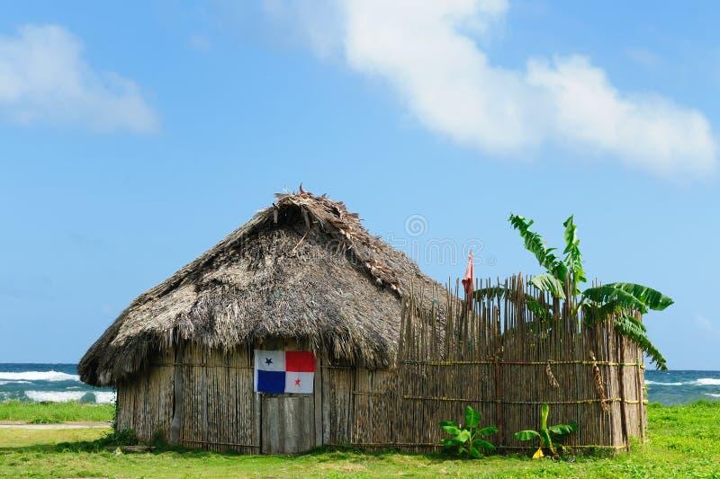 Panama, tradycyjny dom mieszkanowie San Blas archipelag obrazy stock