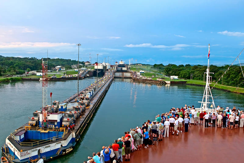 Panamakanal 7. November 2009 stockbild
