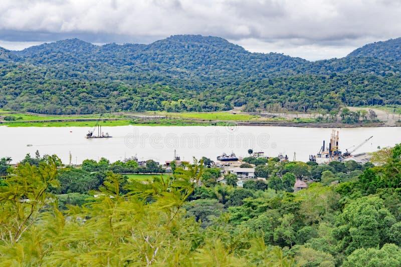 Panamakanal und See Gatun, Vogelperspektive lizenzfreies stockbild